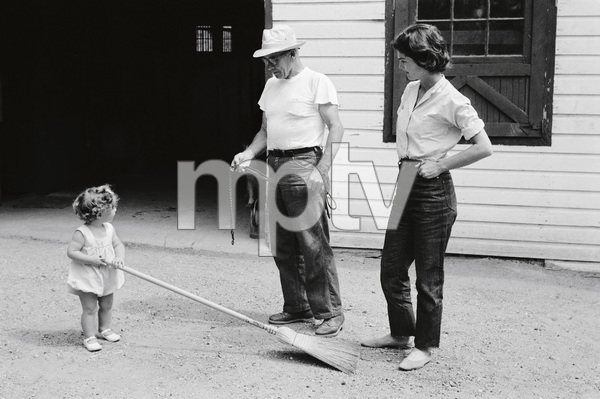 Jacqueline Kennedy with daughter Caroline at Merrywood, her mother