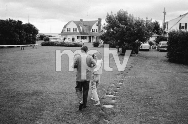 John F. Kennedy, Caroline Kennedy and Jacqueline Kennedy at Hyannis Port1959© 2012 Mark Shaw - Image 4027_0170