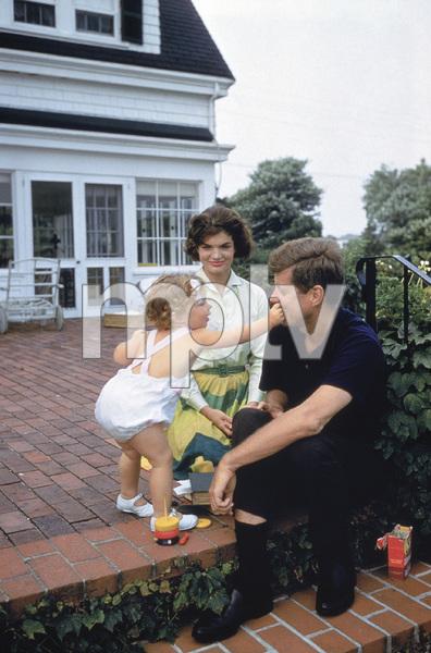 Caroline Kennedy, John F. Kennedy and Jacqueline Kennedy at Hyannis Port1959© 2012 Mark Shaw - Image 4027_0186