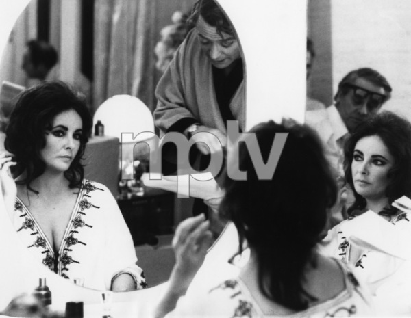"""""""Zee and Co."""" (aka """"X, Y and Zee"""")Elizabeth Taylor, Michael Caine1972 Columbia Pictures - Image 4357_0001"""