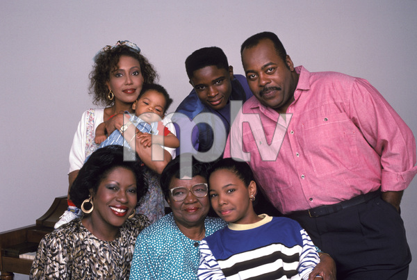 """Family Matters""Telma Hopkins, Darius McCrary, Regianld VelJohnson, Jo Marie Payton-Noble, Rosetta LeNoire, Kellie Williams © 1990 Mario Casilli - Image 4531_0020"