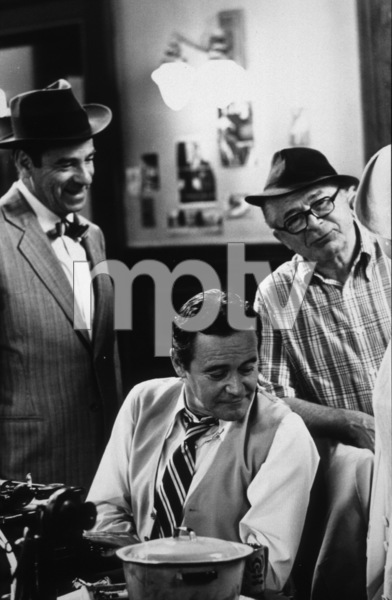 """Front Page, The""Walter Matthau, Dir. Billy Wilder,Jack Lemmon / 1974 U-I © 1978 Gunther / MPTV - Image 4566_0042"