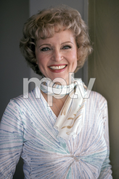 Betty White1979** H.L. - Image 4808_0022