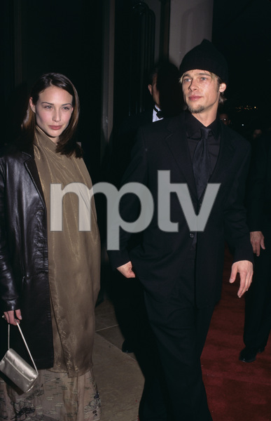 Brad Pitt and Clare Forlani1998© 1998 Gary Lewis - Image 4811_0028