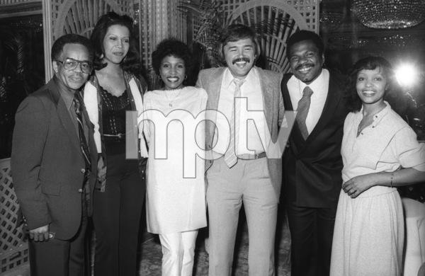 Fuller Gordy (Motown Records executive), Syreeta Wright, Mike Luska (Motown Records executive), Billy Preston and Iris Gordy (Motown Records executive) in Los Angeles 1980© 1980 Bobby Holland - Image 4884_0035