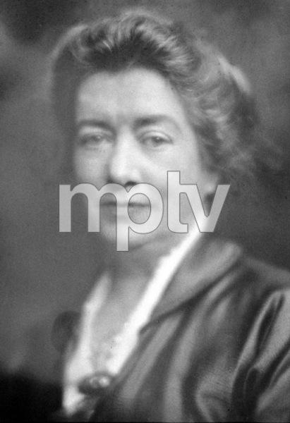 Julia Bracken Wendtc. 1926Photo by George Hurrell - Image 4906_0001