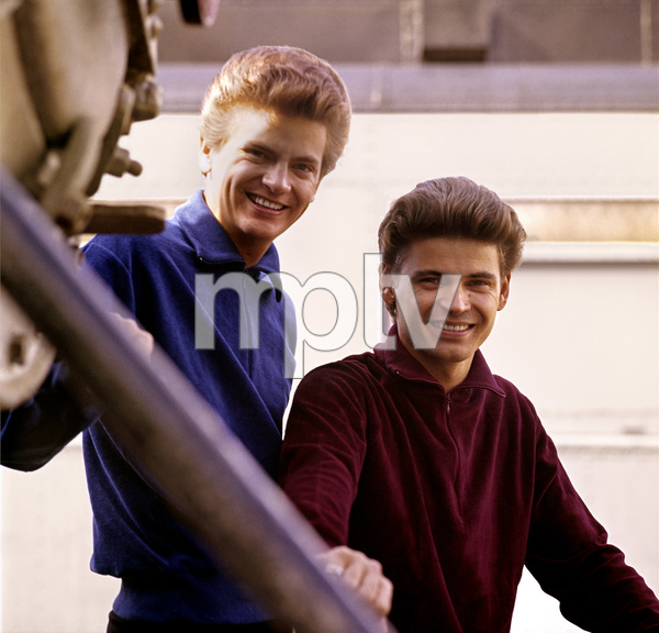 The Everly Brothers (Don Everly, Phil Everly) 1964 © 1978 Ed Thrasher - Image 4956_0008