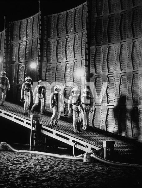 """2001: A Space Odyssey,"" MGM 1968.Photo By John Jay / MPTV - Image 5091_0053"