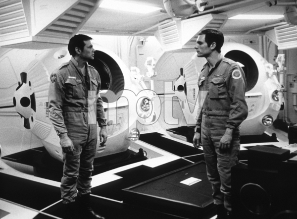 """""""2001: A Space Odyssey,""""Gary Lockwood and Keir Dullea.1968/MGM © 1978 John Jay - Image 5091_0192"""