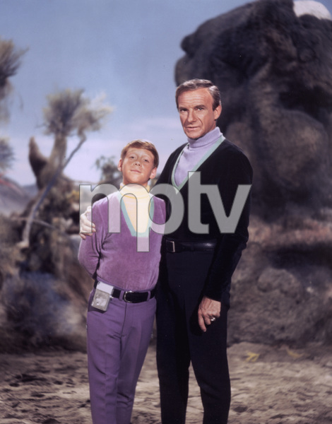 """Lost in Space"" Bill Mumy & Jonathan Harris circa 1966 © 2009 Space Productions ** I.A. - Image 5095_0108"