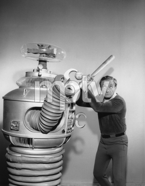 """""""Lost in Space"""" Jonathan Harris & Bob May (Robot) circa 1965 © 2009 Space Productions ** I.A. - Image 5095_0131"""