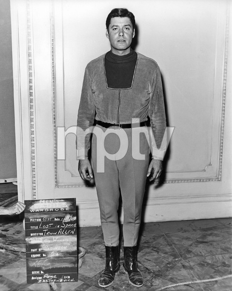 """Lost in Space"" (Season 1)Guy Williams1965Photo by Gabi Rona© 2015 Legend Pictures, LLC - Image 5095_0233"