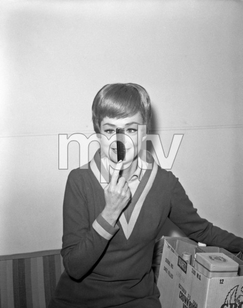 """""""Lost in Space"""" (Season 1)June Lockhart1965Photo by Gabi Rona© 2015 Legend Pictures, LLC - Image 5095_0264"""