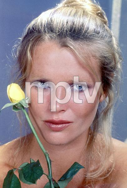 Kim BasingerC. 1976**H.L. - Image 5216_0014