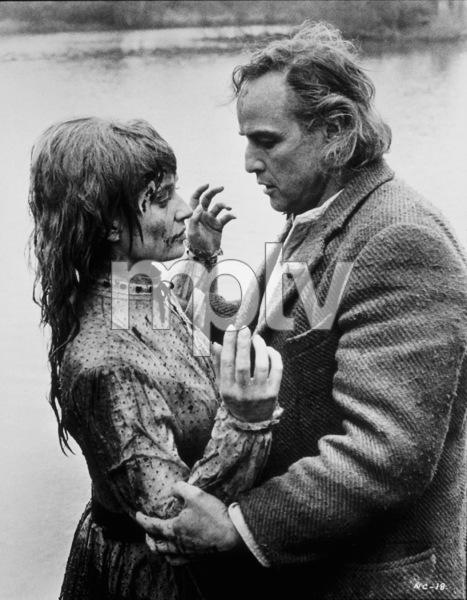 """Nightcomers, The""Marlon Brando, Stephanie Beacham © 1971 Scimitar/KastnerMPTV - Image 5332_0005"