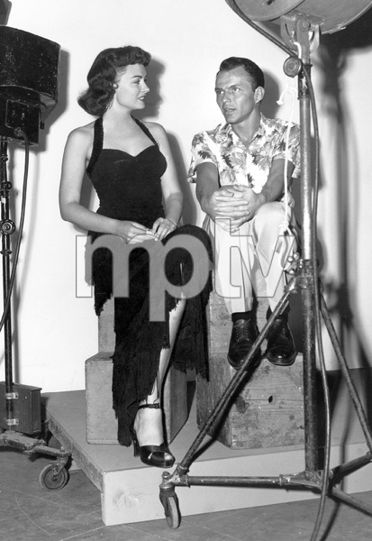 """""""From Here to Eternity""""Donna Reed & Frank Sinatra1953 Columbia**I.V. - Image 5336_0042"""