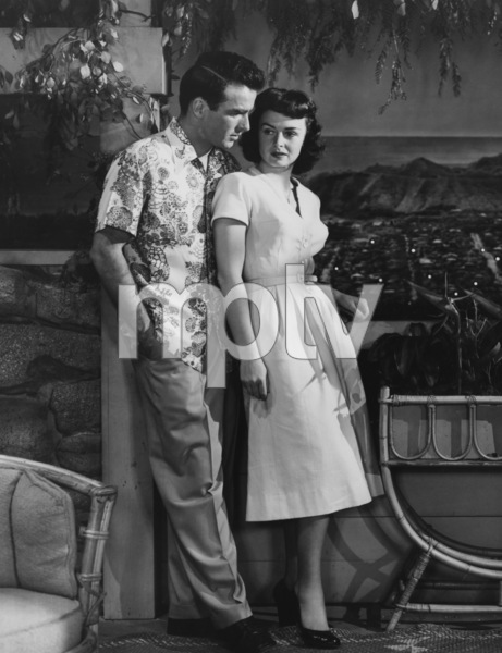"""""""From Here to Eternity""""Montgomery Clift, Donna Reed1953** I.V. - Image 5336_0058"""