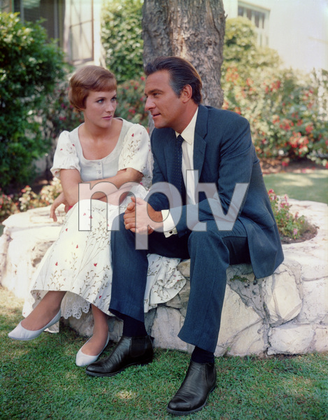 """The Sound of Music"" Julie Andrews, Christopher Plummer1965 20th Century Fox ** I.V. - Image 5370_0147"