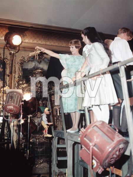 """The Sound of Music""Julie Andrews, Angela Cartwright1965 20th Century Fox** I.V. - Image 5370_0150"