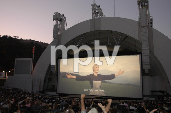 """""""The Sound of Music"""" sing-a-long2005 / Hollywood Bowl / Hollywood, CA / Photo by Jon Didier - Image 5370_0198"""