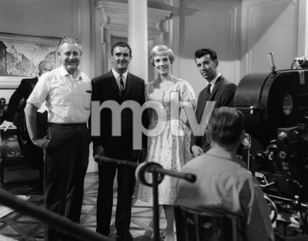 """""""The Sound of Music""""Director Robert Wise, Julie Andrews1965 20th Century Fox** I.V. - Image 5370_0201"""