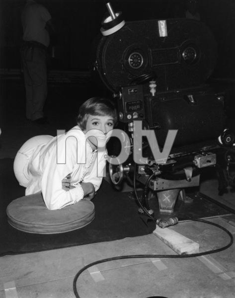 """The Sound of Music""Julie Andrews1965 20th Century Fox** I.V. - Image 5370_0218"
