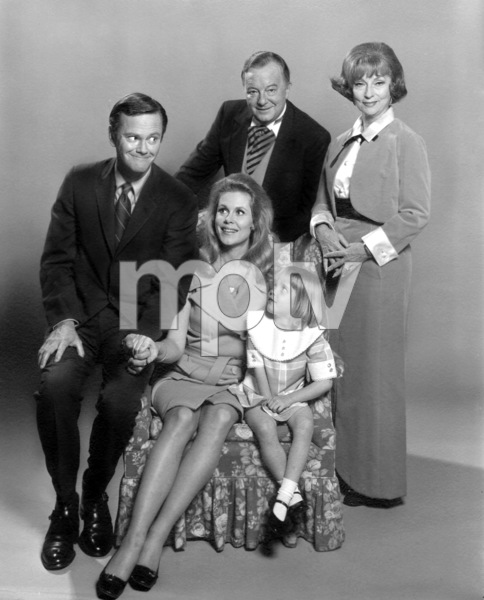 """Bewitched"" Dick York, Elizabeth Montgomery,Maurice Evans,Agnes Moorehead,Erin Murphyc. 1967 ABC**I.V. - Image 5406_0066"