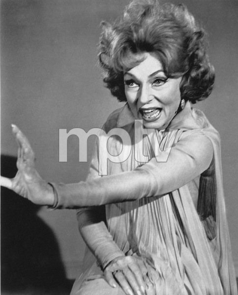"""Bewitched""Agnes Mooreheadc. 1968 ABC**I.V. - Image 5406_0088"