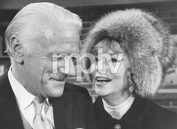 """Bewitched""Agnes Moorehead and Murray Matheson1969**I.V. - Image 5406_0095"
