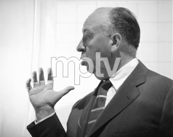 """Psycho""Dir. Alfred Hitchcock1960 ParamountPhoto by William Creamer**I.V. - Image 5408_0050"