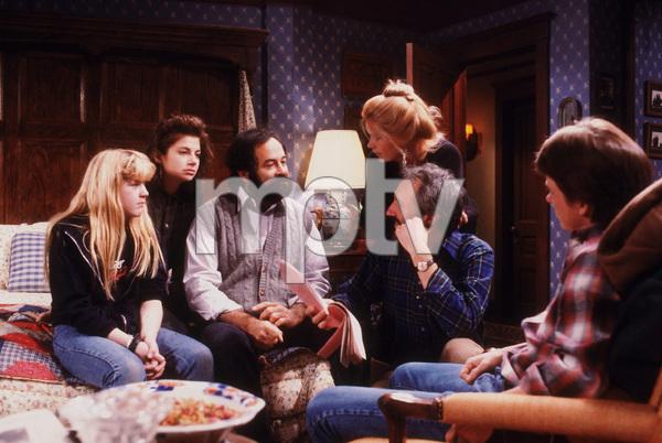 """Family Ties""T. Yothers, J. Bateman, M. Gross,M. Baxter-Birney, M.J. Fox1984 NBC © 1984 Gene TrindlMPTV - Image 5419_0039"
