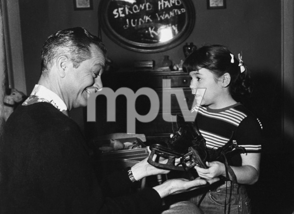 """Father Knows Best"" Robert Young, Lauren Chapincirca 1955 ** C.G.C. - Image 5420_0017"