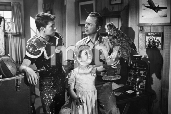 """""""Father Knows Best"""" Robert Young, Lauren Chapin, Billy Gray circa 1955 ** C.G.C. - Image 5420_0019"""