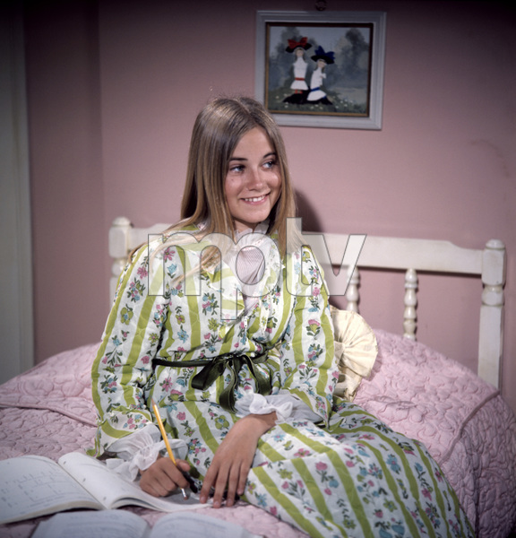 """The Brady Bunch""Maureen McCormickcirca 1970s** I.V. - Image 5421_0097"