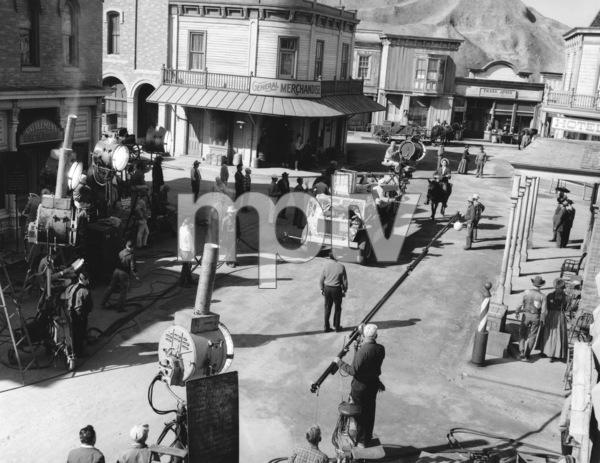 """Bonanza""Filming on Set **I.V. - Image 5424_64"