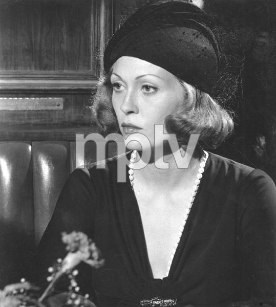 Faye Dunaway, CHINATOWN, Paramount, 1974, I.V. - Image 5435_0124