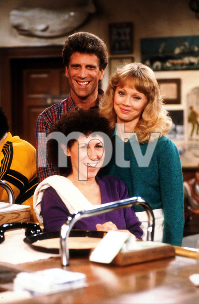 """Cheers""Ted Danson, Shelley Long, Rhea Perlman1984 NBCPhoto by Marv NewtonMPTV - Image 5467_0019"