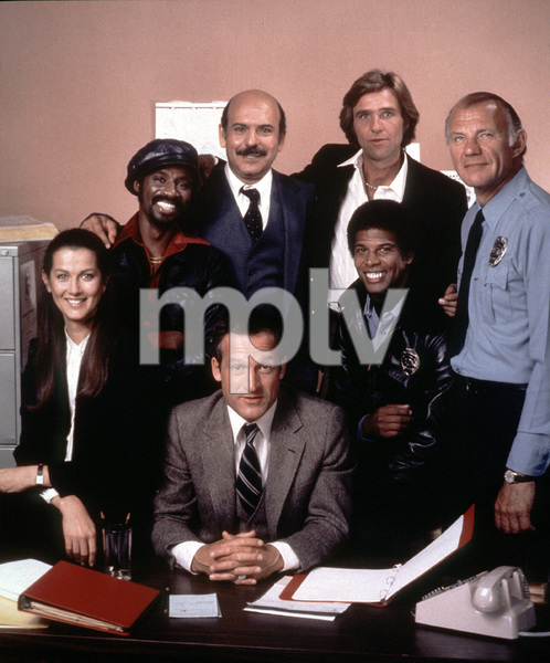 """Hill Street Blues""Veronica Hamel, Taurean Blacque, Daniel J. Travanti, Rene Enriquez, Kiel Martin, Michael Warren, Michael Conrad.1981 / NBCPhoto by Herb Ball - Image 5470_0013"