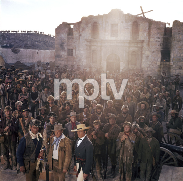 "John Wayne, Laurence Harvey, Frankie Avalon, Richard Boone and Richard Widmark during the filming of ""The Alamo""1960** I.V. - Image 5499_0057"