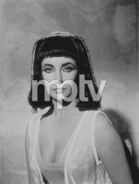 """Cleopatra""Elizabeth Taylor1963 20th Century FoxMPTV - Image 5589_0014"
