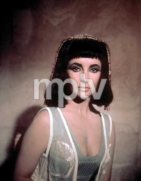"""Cleopatra""Elizabeth Taylor1963 20th Century FoxMPTV - Image 5589_0015"