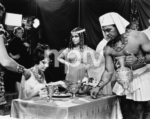 """""""Cleopatra""""Elizabeth Taylor1963 20th Century Fox - Image 5589_0025"""