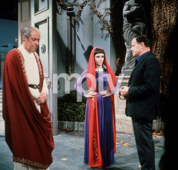 """Cleopatra""Rex Harrison, Elizabeth Taylor and Dir. Joseph L.Mankiewicz1963 20th Century Fox © 1978 David SuttonMPTV - Image 5589_0046"