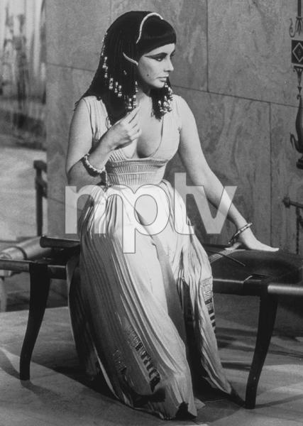 """Cleopatra""Elizabeth Taylor1963 20th Century FoxMPTV - Image 5589_0050"