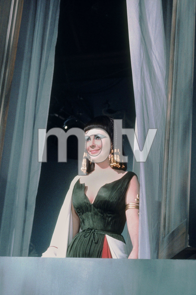 """Cleopatra""Elizabeth Taylor1963 20th Century Fox © 1978 GuntherMPTV - Image 5589_0051"