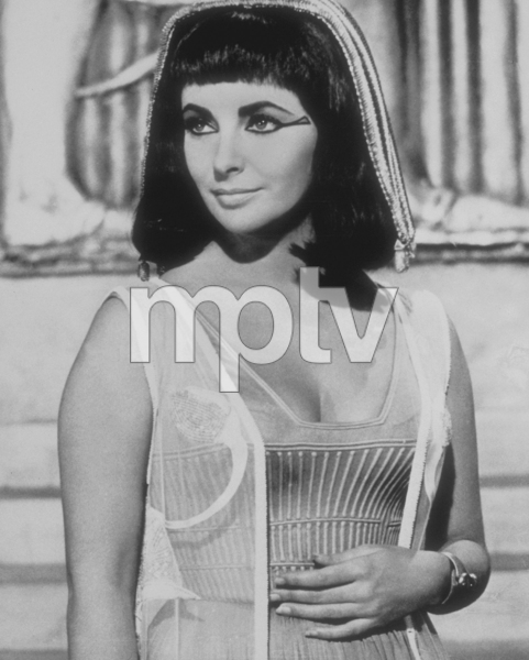 """Cleopatra""Elizabeth Taylor1963 20th Century Fox**J.S.C.MPTV - Image 5589_0052"