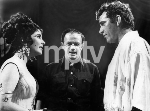 """Cleopatra""Elizabeth Taylor, director Joseph L. Mankiewicz, Richard Burton1962 20th Century Fox - Image 5589_0055"