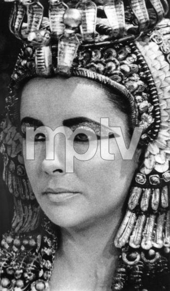 """Cleopatra""Elizabeth Taylor1963 20th Century Fox - Image 5589_0061a"