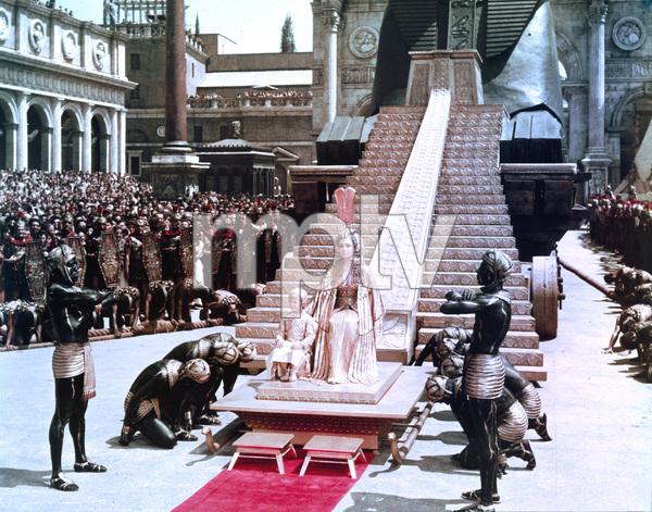 """Cleopatra""Elizabeth Taylor1963 20th Century Fox** I.V. - Image 5589_0079"