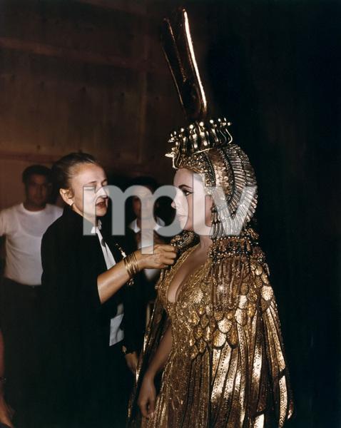 """Cleopatra""Elizabeth Taylor1963 20th Century Fox** I.V. - Image 5589_0085"